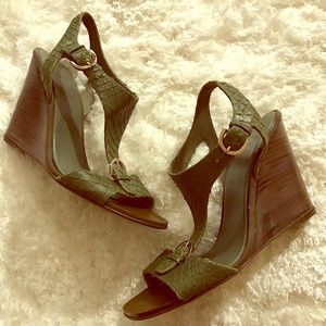Sergio Rossi green wedges